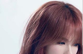 蔡妍的相片
